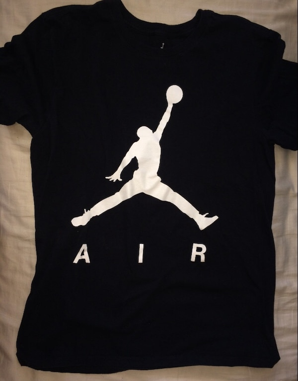 9b54eb53cb76 Used air jordan t-shirt for sale in Toronto - letgo