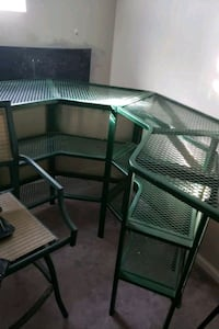 Metal outside bar table with 4 matching stools