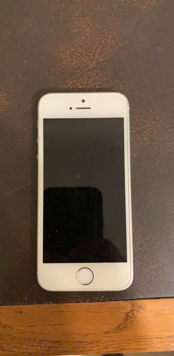 fully functioning iphone SE
