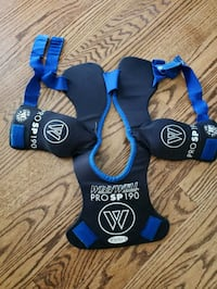 Youth small hockey shoulder pads Salem, 03079