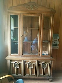 2 piece china cabinet Golden City, 64748