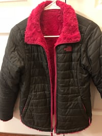 The North Face Girls' Reversible Mossbud Swirl Insulated Jacket Chantilly, 20152