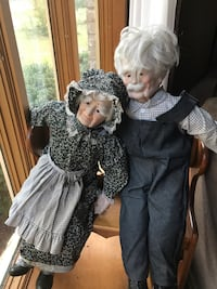 Grandmother and grandfather dolls Thurmont, 21788