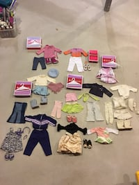 HUGE LOT OF AUTHENTIC AMERICAN GIRL DOLL CLOTHES Huntington, 11725
