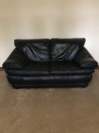 Very nice quality and comfortable Natuzzi leather love seat. This love seat is