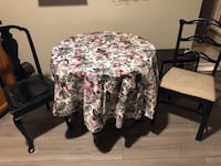 Table and Chairs with free delivery  London, N5Y