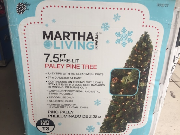 Martha Stewart Living 7 5ft Pre Lit Christmas Tree