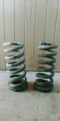 Pair of heavy duty front springs. Fort Hood, 76544