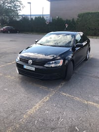Volkswagen Jetta Sedan 4dr 4 cylinder 2.0L Automatic Trendline+ 2013  **FINANCING AVAILABLE** Montréal