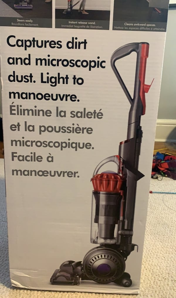 Dyson Light Ball Vacuum 1