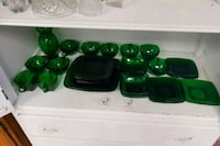 Green glass set Acton, 93510