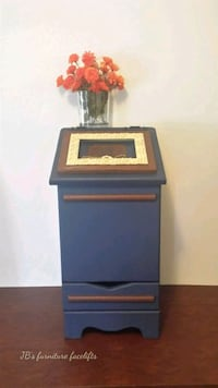 blue and brown wooden cabinet Saginaw, 48601