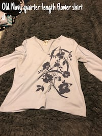 white and black floral long-sleeved shirt Camden, 29020