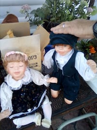 Used porcelain kissing dolls Taneytown, 21787