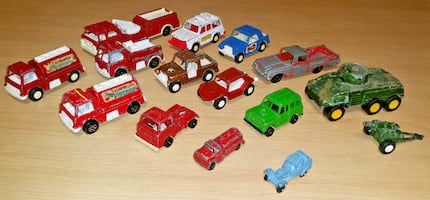 Tootsietoy CARS Camino fire truck Jeepster rover buggy Tank Howitzer