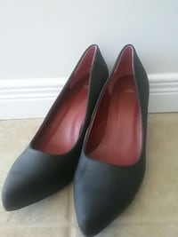 black leather pointed-toe heeled shoes by f&f Waterloo, N2J 3Z4