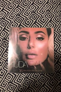 HUDA Beauty Highlight Palette