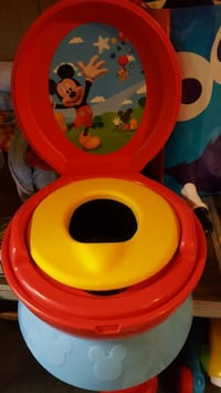 Mickey mouse potty chair Johnson City, 37615