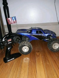 blue and black RC monster truck Gap, 17527