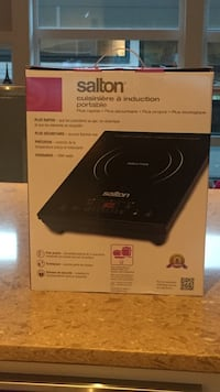 Salton portable induction cooktop White Rock, V4B