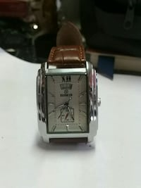 Goer Analog Watch Toronto, M8V 1M2