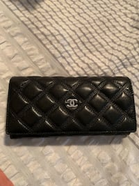Chanel leather Wallet used, no receipt