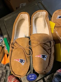 New England Patriots moccasin slippers Springfield, 01151