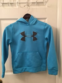 Under Armour Size Small Thermal Hoodie Wheeling, 60090