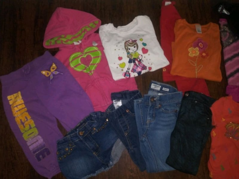 ***GIRL'S 4T-5T CLOTHING (24 PC.) COMBO DEAL!*** ad5ae3c6-4189-406c-bfb8-4ac5adff3bb6