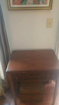 brown wooden single pedestal desk Gaithersburg, 20879