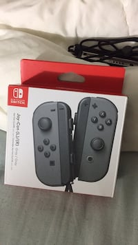 Brand New Sealed Never Used Joy-Cons (Gray) Mississauga, L4Y 2V1
