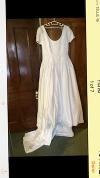 Wedding dress Toronto, M6H 4B9