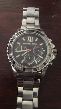 round silver-colored chronograph watch with link bracelet Winston-Salem, 27101