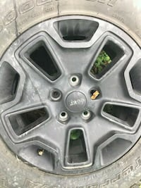 5 Late model Jeep rims with tires Laytonsville, 20882
