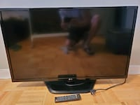 "LG LED TV 1080p 39"" LGLN5300 with new Google Chromecast Toronto, M2L 2J6"