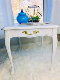 Pair (2) French Provincial end tables, night tables painted white. 530 km