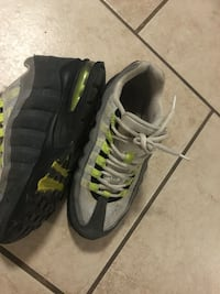 Pair of gray nike running shoes Thousand Palms, 92276
