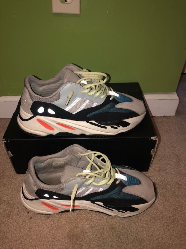 df484944271 Used Yeezy 400 wave runner for sale in Riverdale - letgo