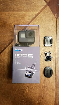 Gopro Hero 5 with 32Gb SD card Coats, 27521