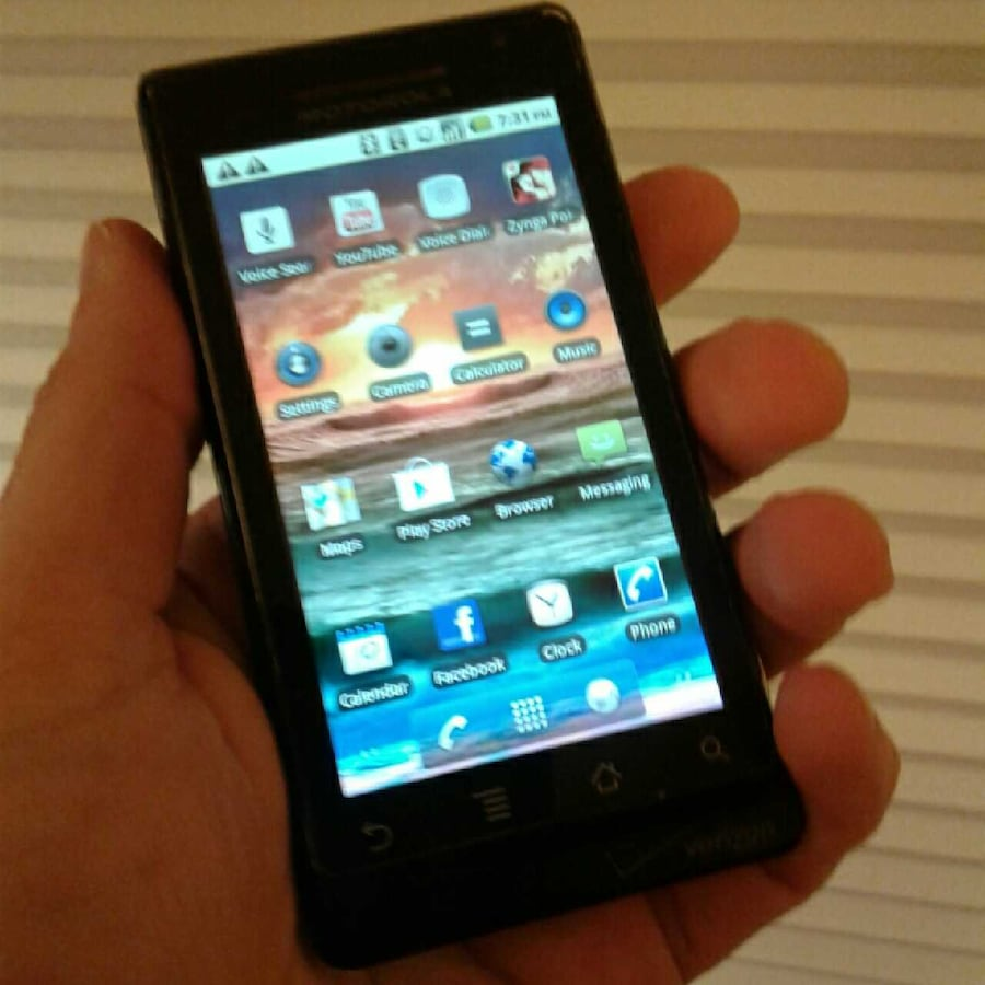 Motorola DROID A855 Slider Phone great buy