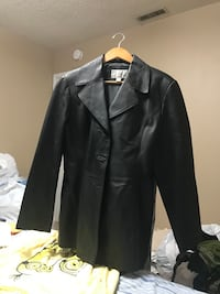 Lady's black leather jacket  size large  Tulsa, 74129