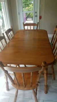 For sale...Solid wood dining table Burlington