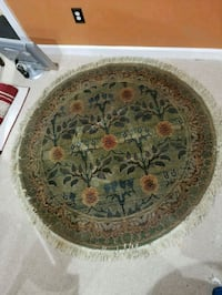 """Round Floral Area Rug 4'6"""" X 4'6"""" Frederick"""