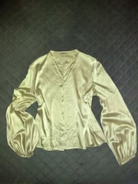 **SALE** $895 Burberry Champagne Silk Button Down Blouse