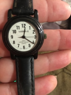 round b lack water-it analog watch with black leather strap