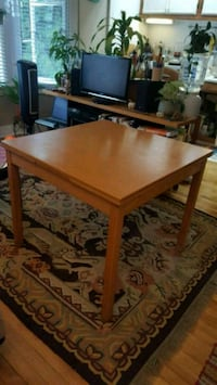 Extendable table San Diego, 92103