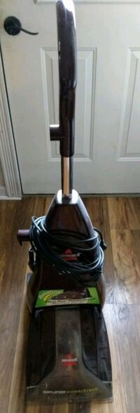 Bissell carpet cleaner. No longer have carpeting.  Edgewater, 21037