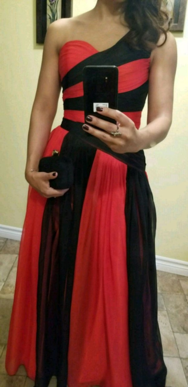 women's black and red sleeveless dress a41a8612-27fe-4671-a378-83cde63c7c01