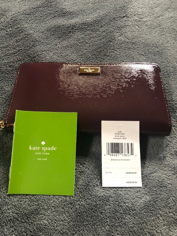 100% authentic Kate Spade New York clutch wallet