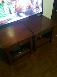2 side tables / end tables
